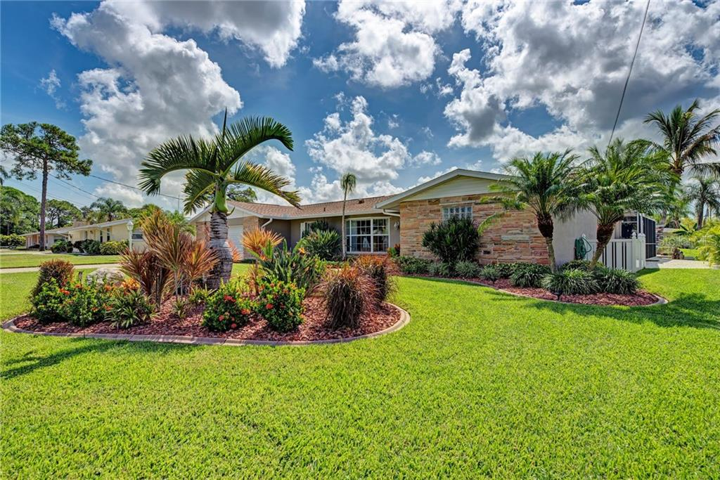 Single Family Home for sale at 1961 Arkansas Ave, Englewood, FL 34224 - MLS Number is D6102381
