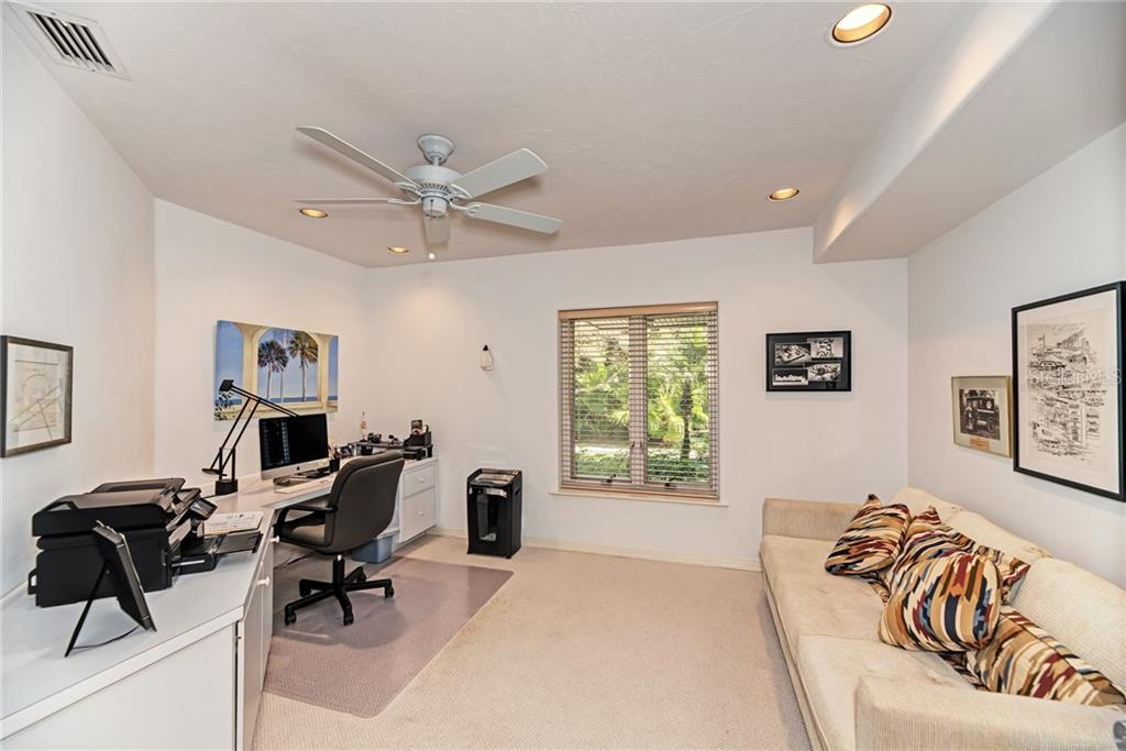 Office/Den - Single Family Home for sale at 7400 Manasota Key Rd, Englewood, FL 34223 - MLS Number is D6104362