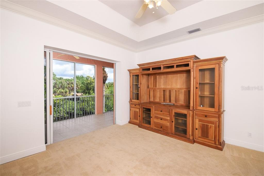 Dining room has an amazing water view also! - Single Family Home for sale at 9033 Allapata Ln, Venice, FL 34293 - MLS Number is D6106356