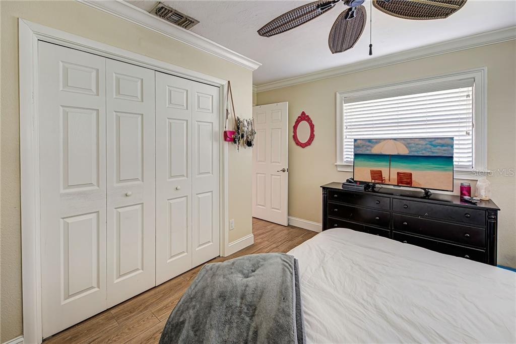 Master Bedroom With Walk In Closet. - Single Family Home for sale at 6306 Goldfinch St, Sarasota, FL 34241 - MLS Number is D6107960