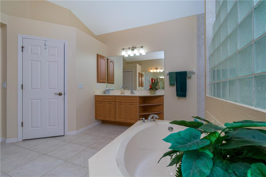 Another view of the master bath. - Single Family Home for sale at 439 Boundary Blvd, Rotonda West, FL 33947 - MLS Number is D6114162