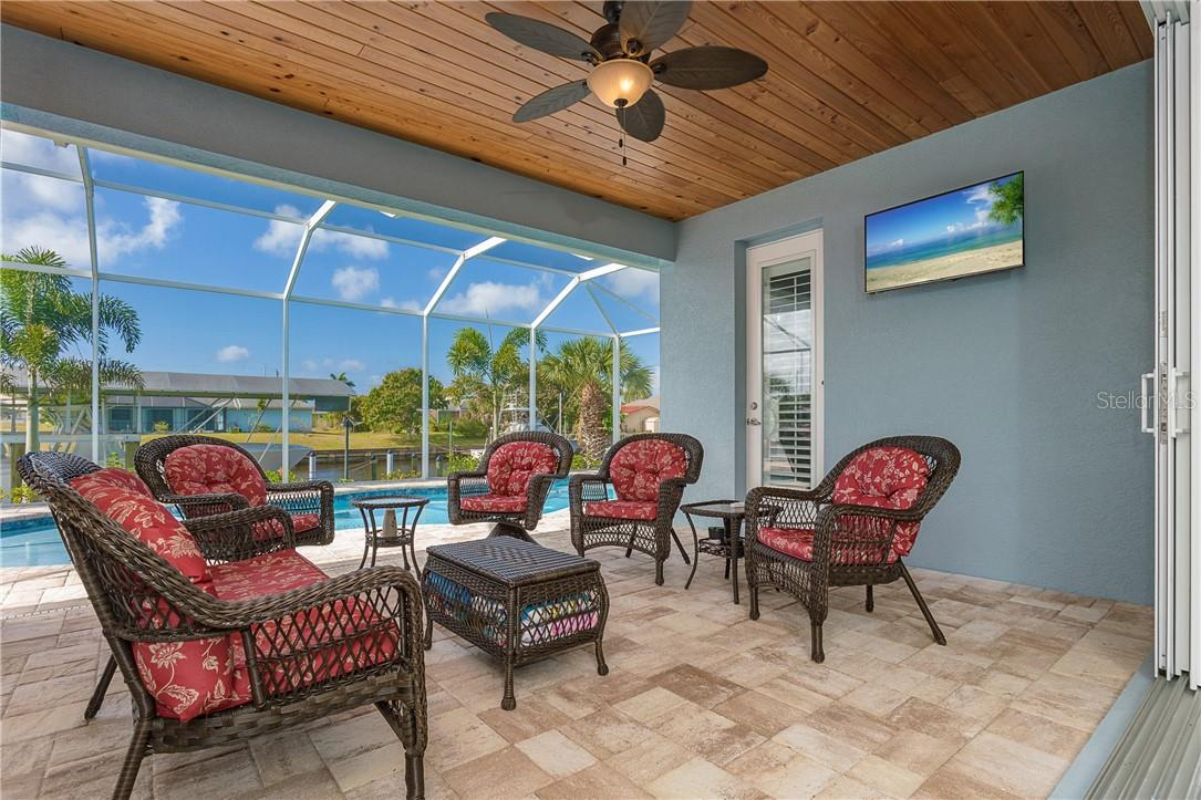 Room to entertain or just get away from everything - Single Family Home for sale at 145 Leland St Se, Port Charlotte, FL 33952 - MLS Number is D6117438