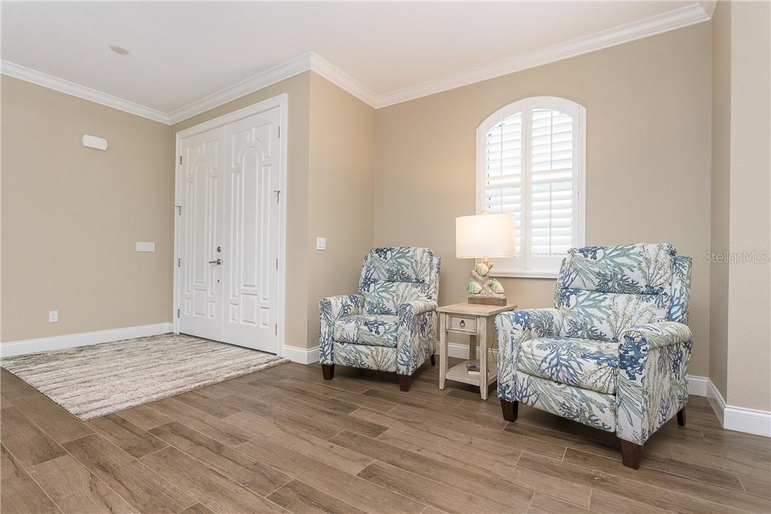 Reading nook - Single Family Home for sale at 145 Leland St Se, Port Charlotte, FL 33952 - MLS Number is D6117438