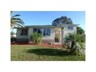 113 Caddy Rd, Rotonda West, FL 33947