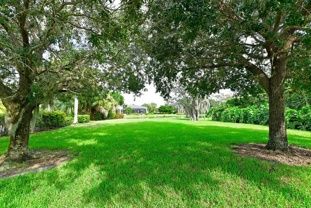 Single Family Home for sale at 1837 Amberwynd Cir W, Palmetto, FL 34221 - MLS Number is T3134741