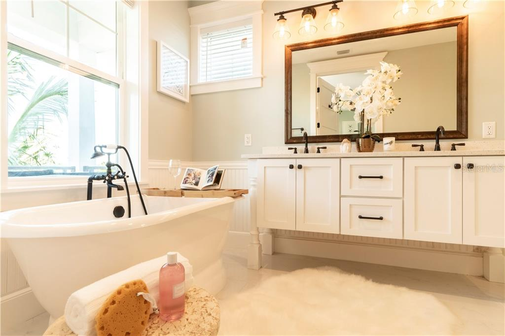 Master Bathroom - Single Family Home for sale at 115 Palm Ave, Anna Maria, FL 34216 - MLS Number is T3145165