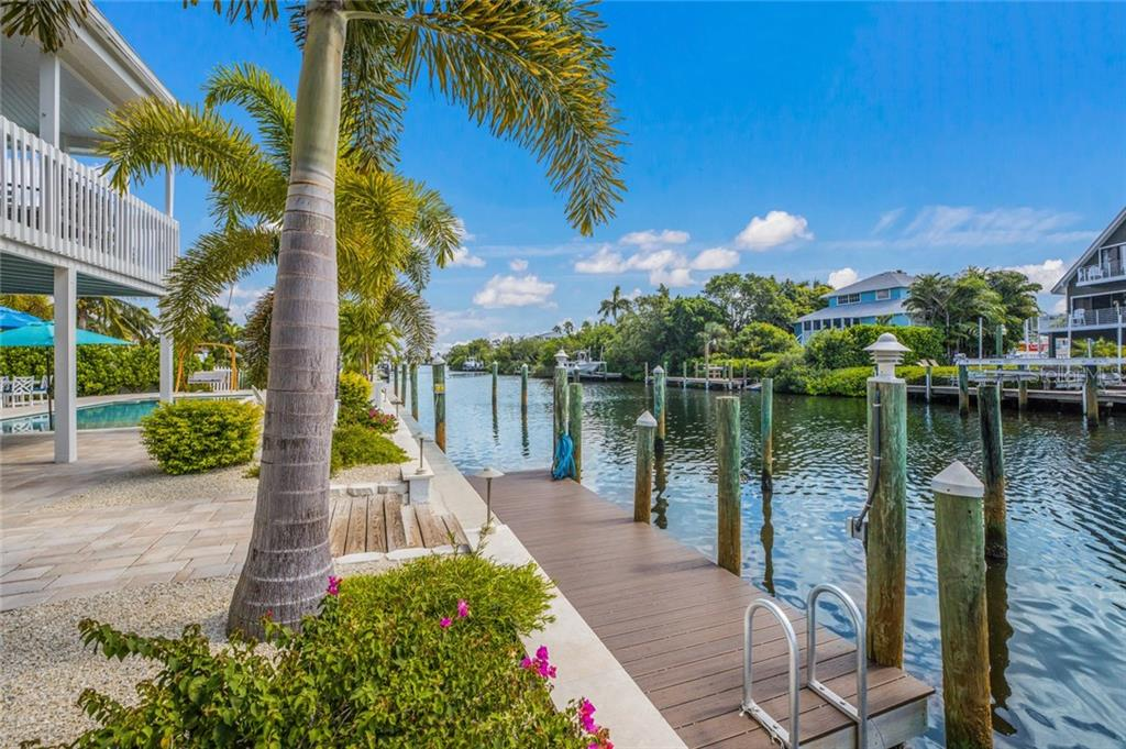 Plenty of room for one boat or more! - Single Family Home for sale at 511 Loquat Dr, Anna Maria, FL 34216 - MLS Number is T3196169