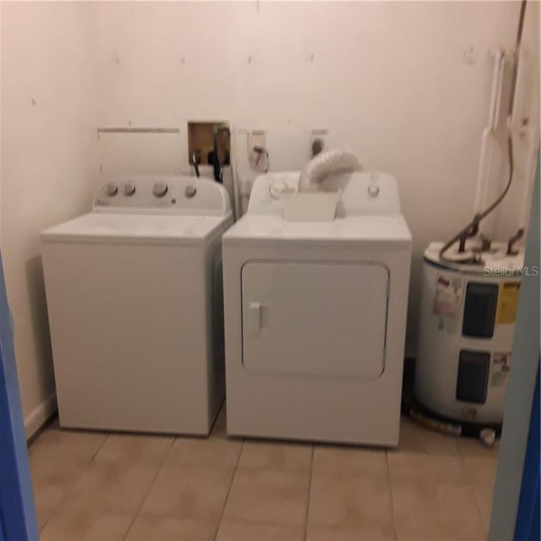 LAUNDRY ROOM - Single Family Home for sale at 5171 Albion Rd, Venice, FL 34293 - MLS Number is V4914784