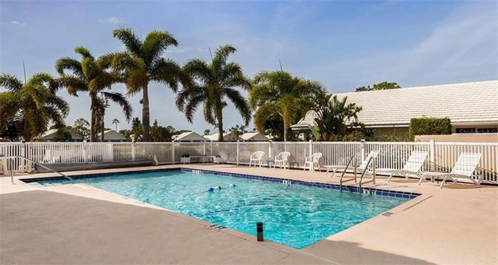 Villa for sale at 824 Harrington Lake Ln #58, Venice, FL 34293 - MLS Number is O5858300