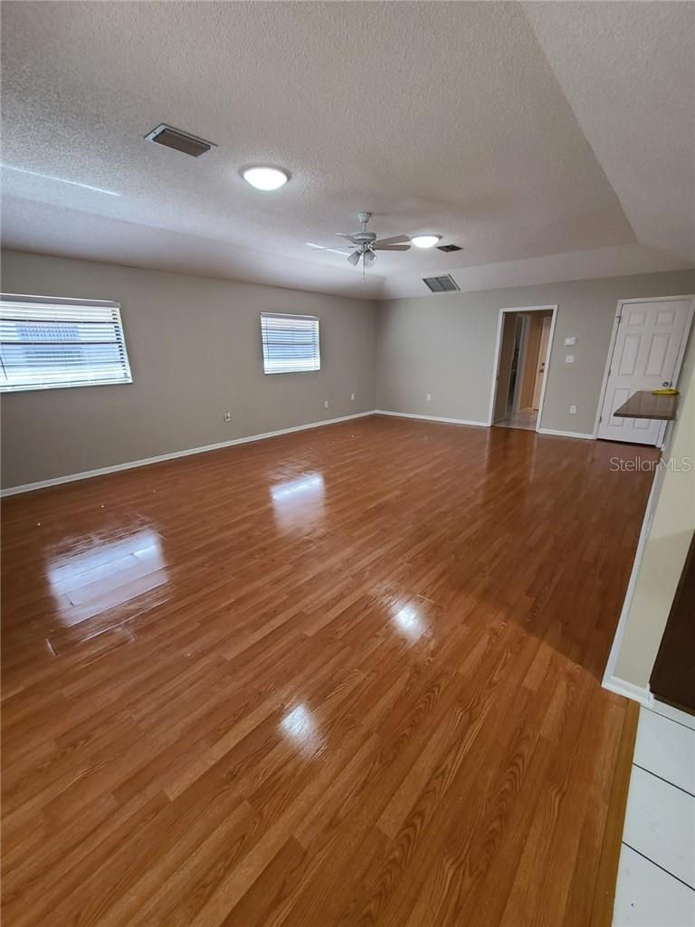 VIEW #2 OF FAMILY ROOM - Single Family Home for sale at 3617 Avenida Madera, Bradenton, FL 34210 - MLS Number is U8112999