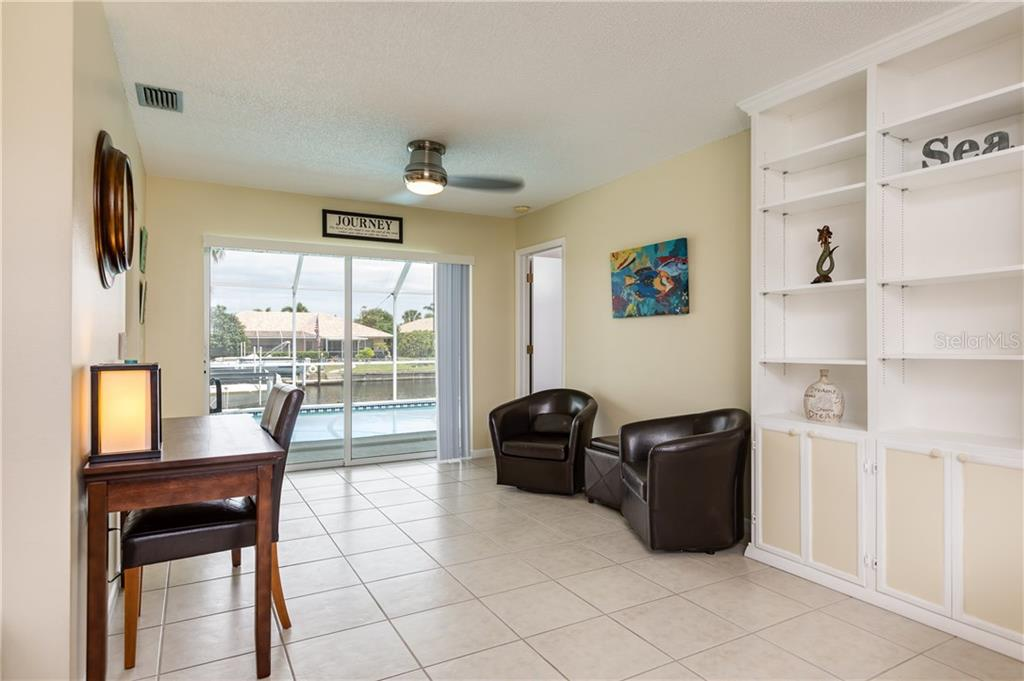 Newly Updated Master Ensuite with Walk-in Closet - Single Family Home for sale at 890 Coronado Dr, Punta Gorda, FL 33950 - MLS Number is C7243197
