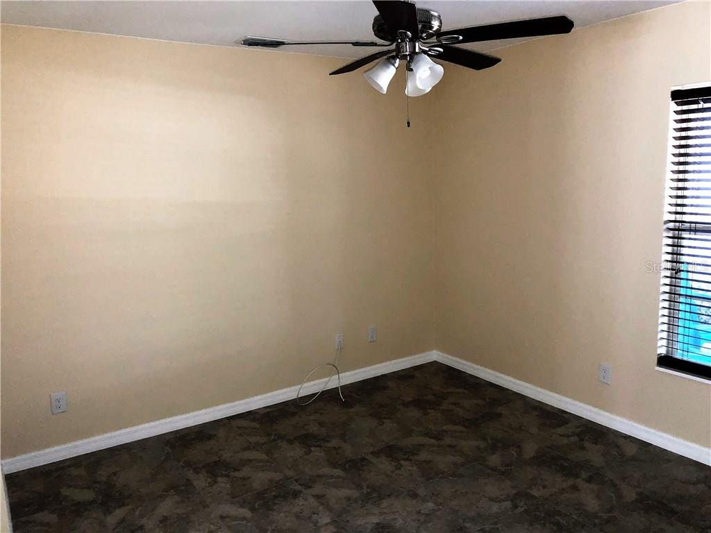 Nice open Family/ Dining area.  Right off the kitchen. - Single Family Home for sale at 191 Broadmoor Ln, Rotonda West, FL 33947 - MLS Number is C7250730