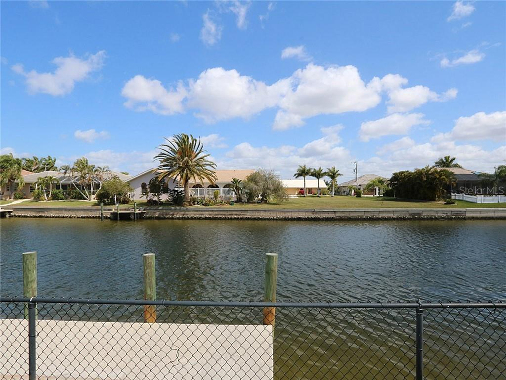 Single Family Home for sale at 542 Port Bendres Dr, Punta Gorda, FL 33950 - MLS Number is C7408096
