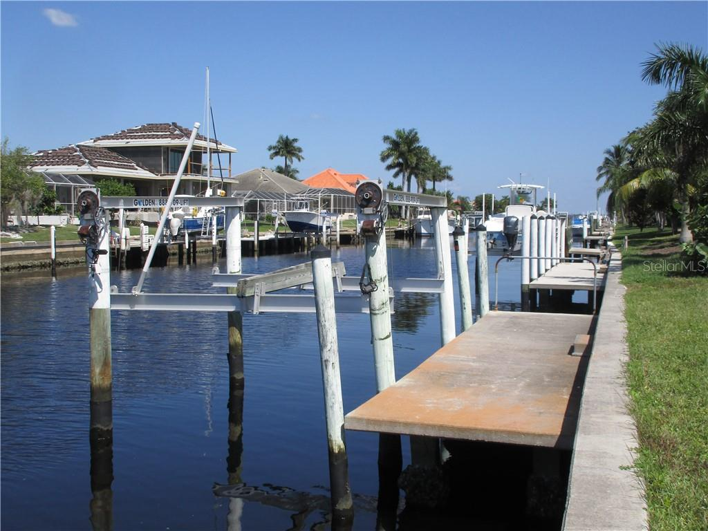 Function of boat lift unknown. - Vacant Land for sale at 53 Tropicana Dr, Punta Gorda, FL 33950 - MLS Number is C7420346