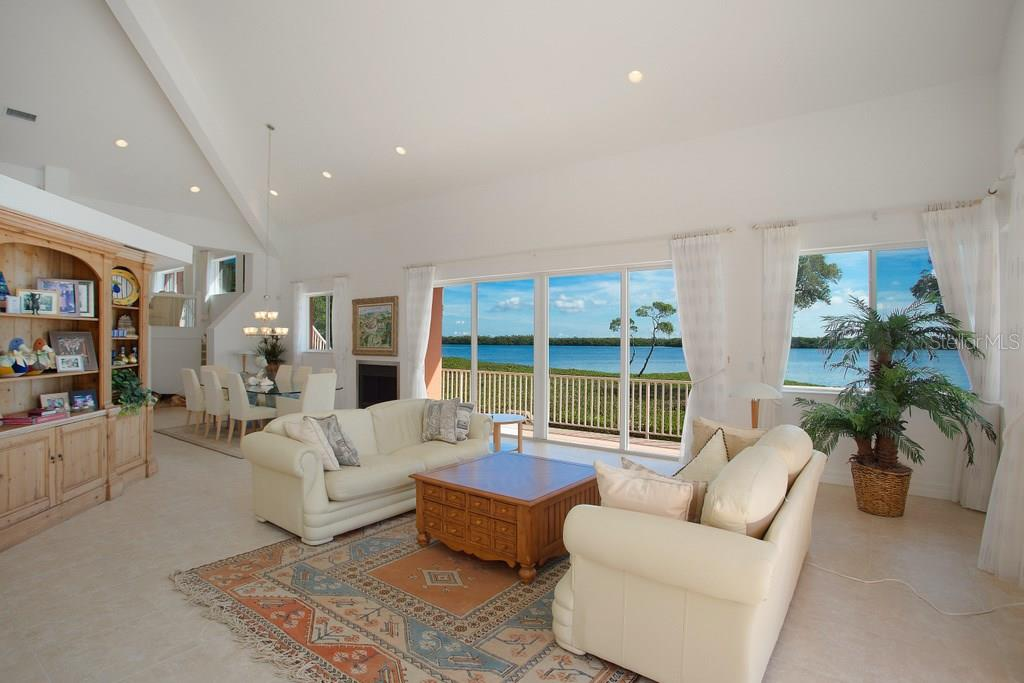 Additional photo for property listing at 741 Hideaway Bay Dr  Longboat Key, Florida,34228 Hoa Kỳ