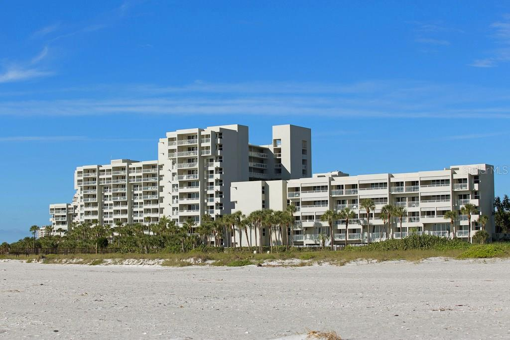 Condo for sale at 210 Sands Point Rd #2402, Longboat Key, FL 34228 - MLS Number is A4145433