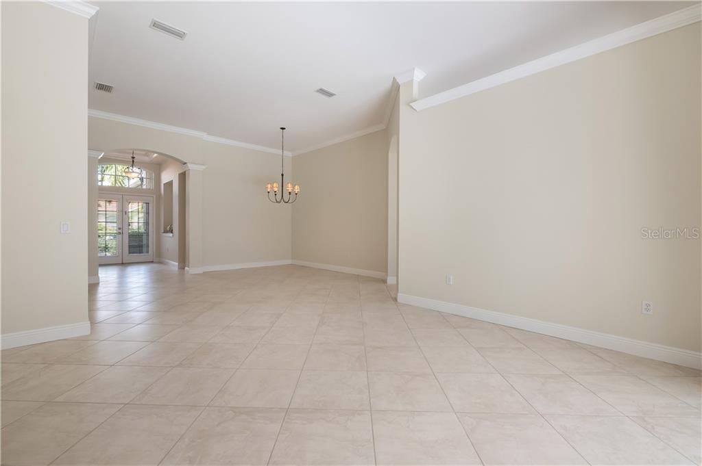 Single Family Home for sale at 7703 Us Open Loop, Lakewood Ranch, FL 34202 - MLS Number is A4175298