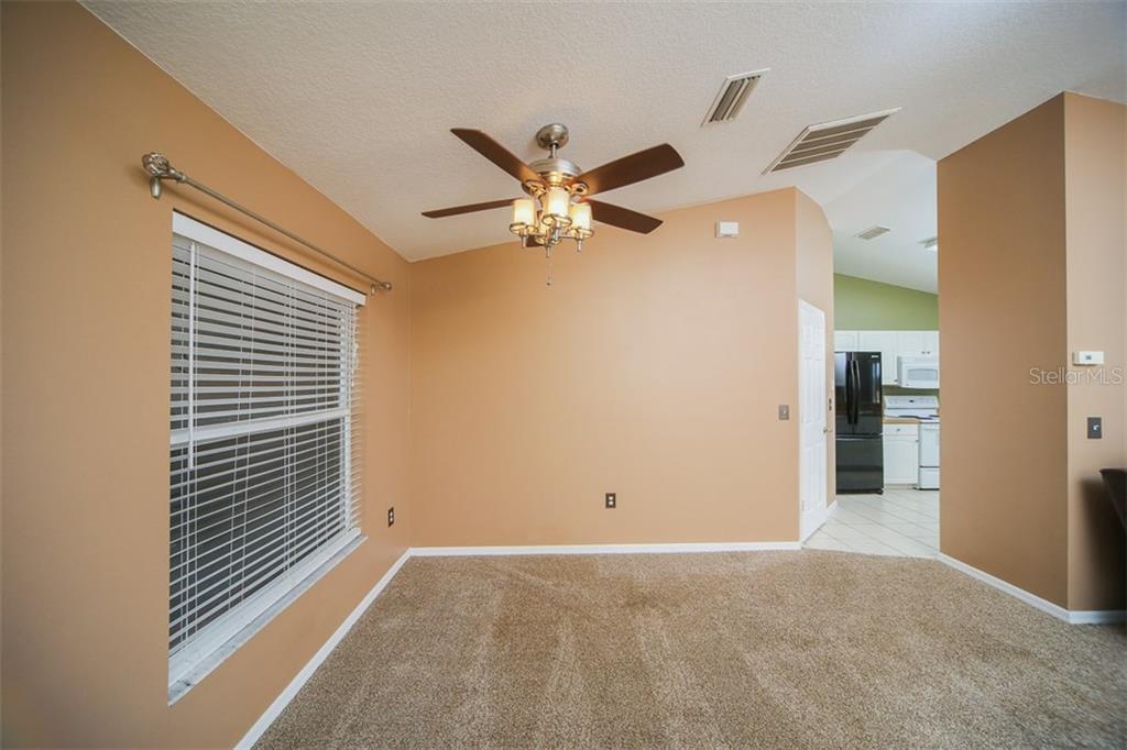 Address Withheld, Palmetto, FL 34221 - photo 6 of 22
