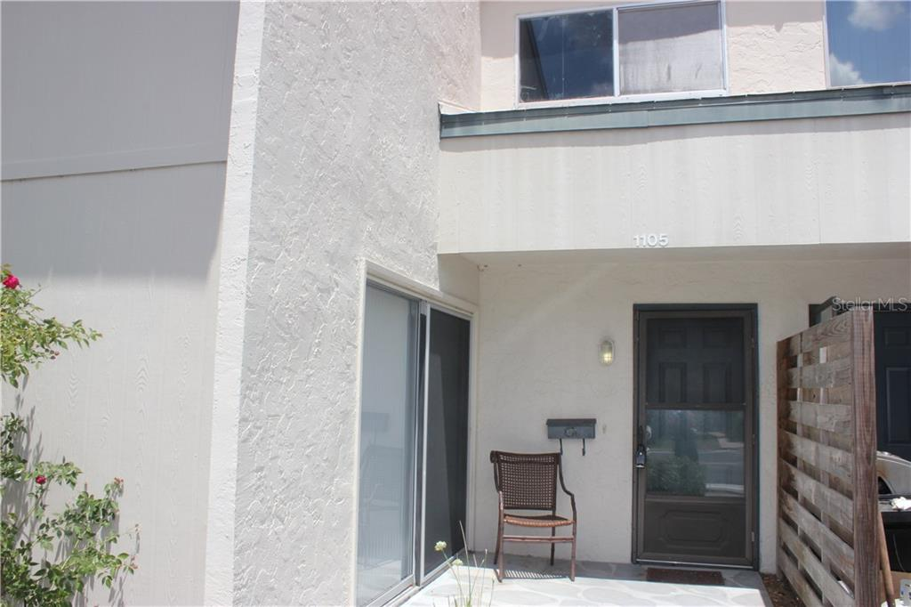 Townhouse for sale at 1105 Longfellow Way, Sarasota, FL 34243 - MLS Number is A4184294