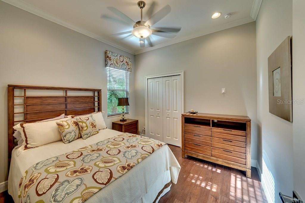 Bedroom 3 - Single Family Home for sale at 505 Mast Dr, Bradenton, FL 34208 - MLS Number is A4184659