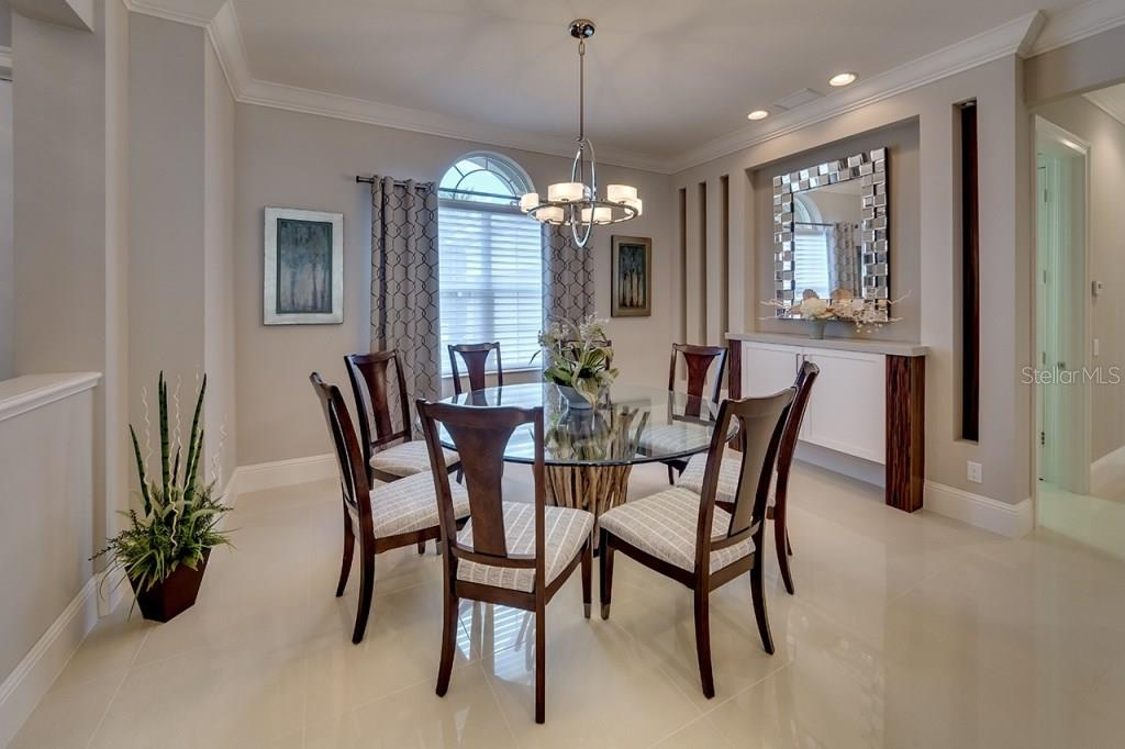 Dining Room - Single Family Home for sale at 505 Mast Dr, Bradenton, FL 34208 - MLS Number is A4184659