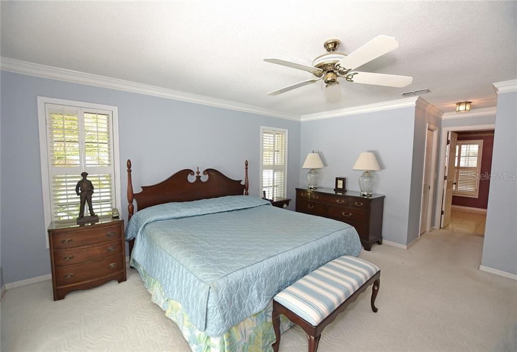 Master Bedroom with ensuite bath. - Single Family Home for sale at 1157 Wyeth Dr, Nokomis, FL 34275 - MLS Number is A4185839