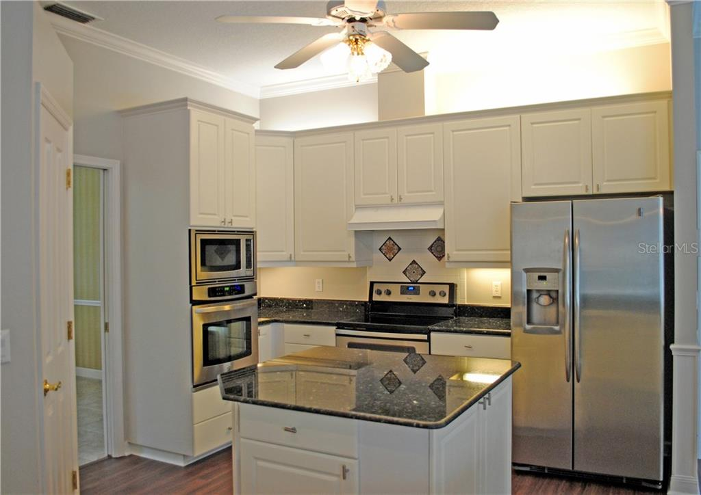 open concept kitchen. Perfect for entertaining. - Single Family Home for sale at 9113 17th Dr Nw, Bradenton, FL 34209 - MLS Number is A4186407