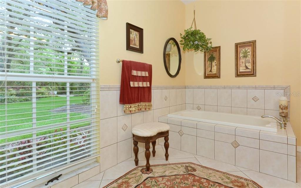 Single Family Home for sale at 4900 Windsor Park, Sarasota, FL 34235 - MLS Number is A4187600