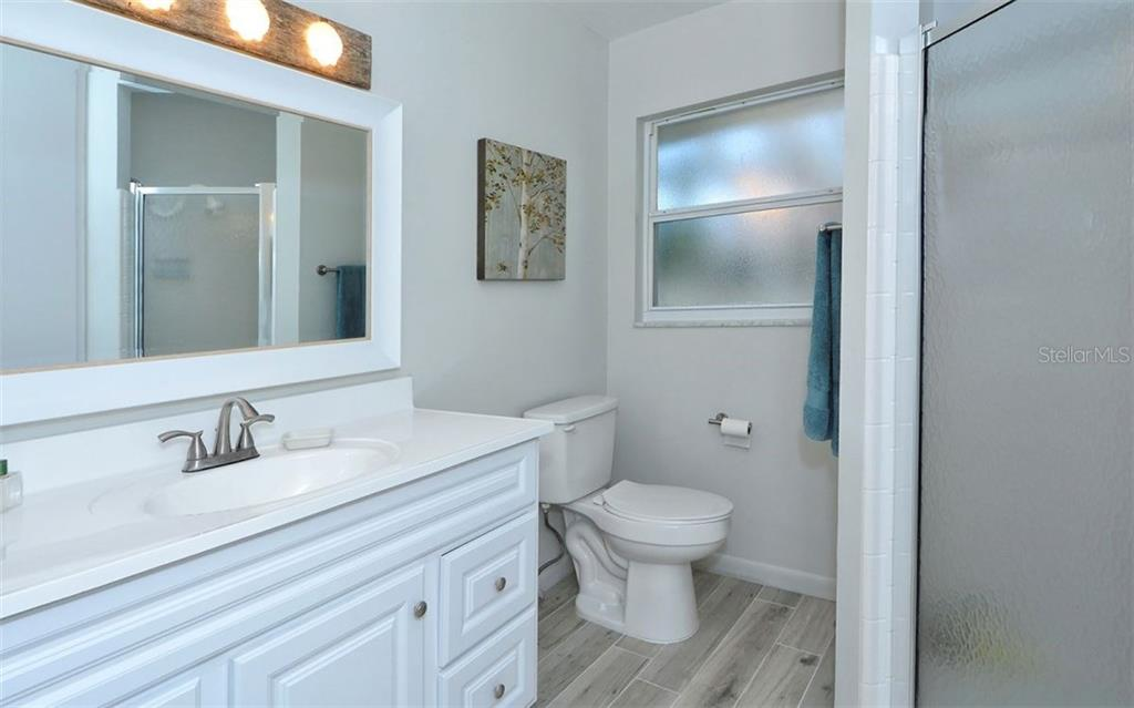 2nd Bathroom - Single Family Home for sale at 3412 Sea View St, Sarasota, FL 34239 - MLS Number is A4187716