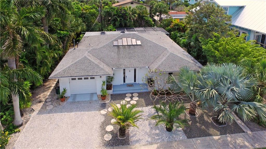 Single Family Home for sale at 113 Beach Ave, Anna Maria, FL 34216 - MLS Number is A4188435