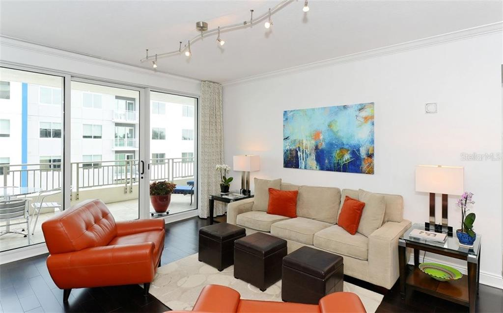 LIVING ROOM - Condo for sale at 100 Central Ave #h716, Sarasota, FL 34236 - MLS Number is A4193586