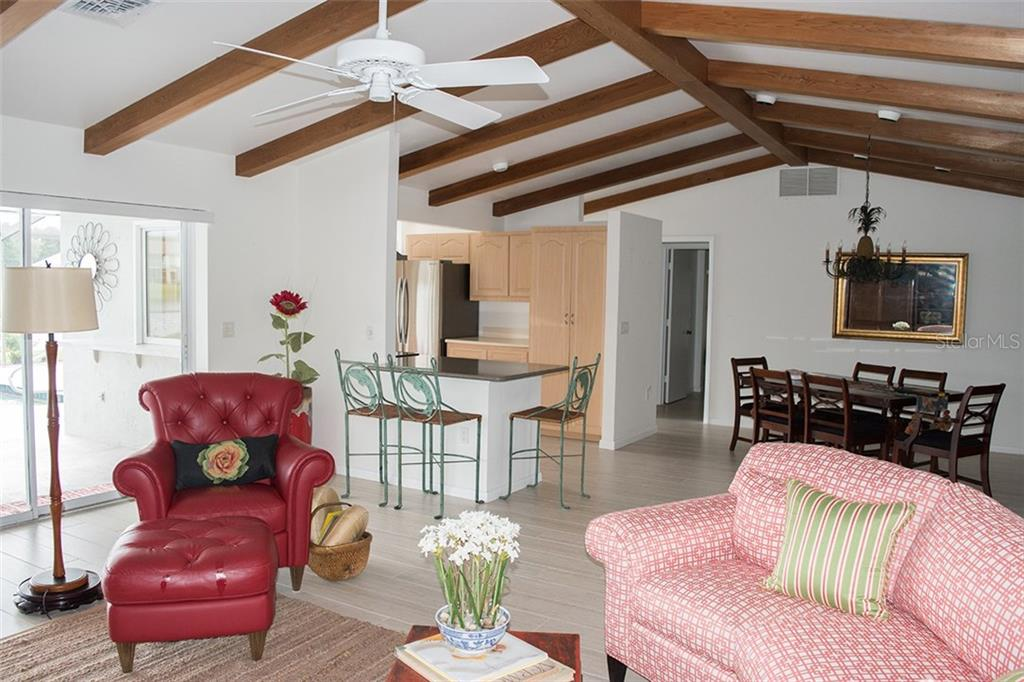 nice open space, with great ceiling height. all new hunter douglas verti-glide blinds - Single Family Home for sale at 1222 Sleepy Hollow Rd, Venice, FL 34285 - MLS Number is A4196086