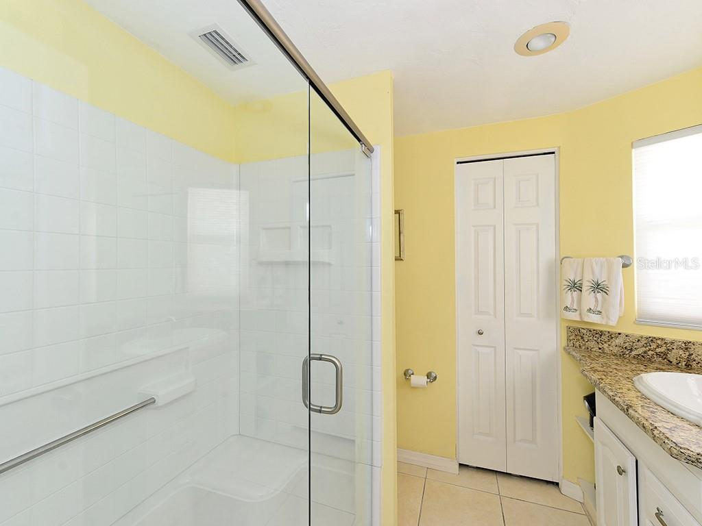 Master Bathroom - Single Family Home for sale at 726 Jungle Queen Way, Longboat Key, FL 34228 - MLS Number is A4196293