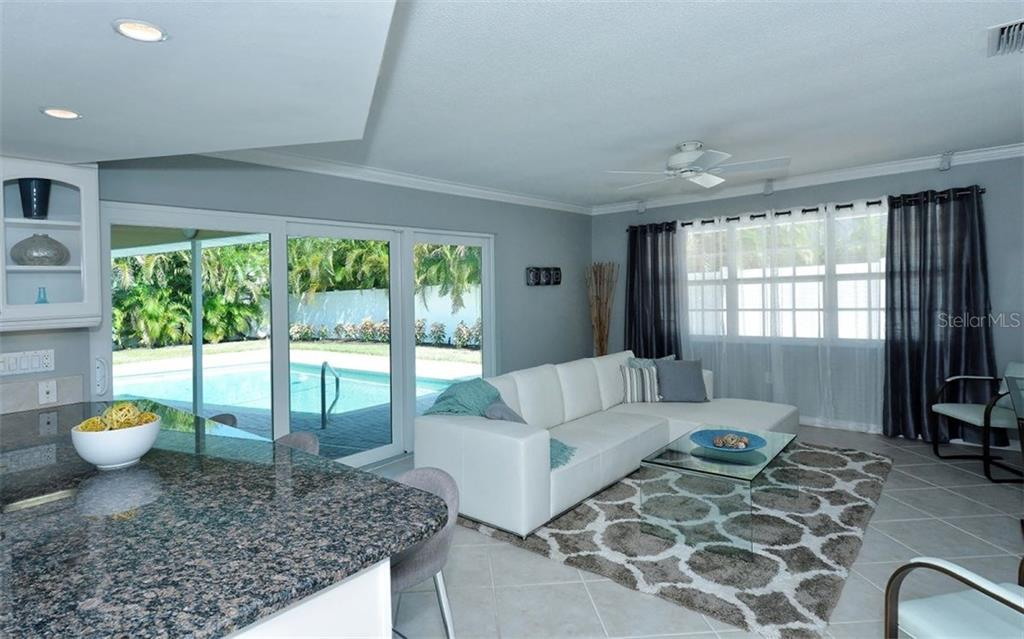 Single Family Home for sale at 605 Wild Turkey Ln, Sarasota, FL 34236 - MLS Number is A4197243