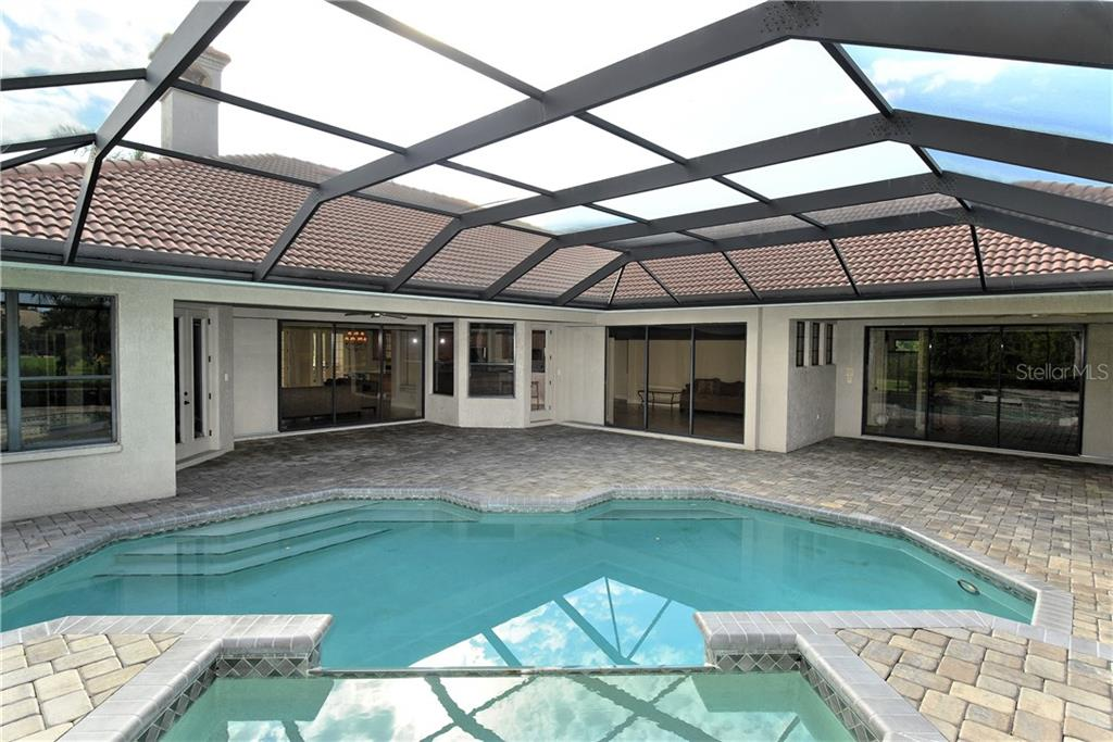 Single Family Home for sale at 7808 Derby Ct, Lakewood Ranch, FL 34202 - MLS Number is A4197774