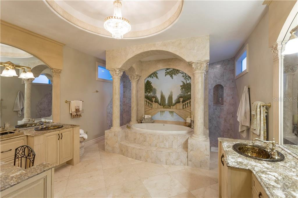 Single Family Home for sale at 5080 Gulf Of Mexico Dr, Longboat Key, FL 34228 - MLS Number is A4198011