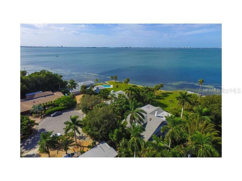 Single Family Home for sale at 710 Indian Beach Cir, Sarasota, FL 34234 - MLS Number is A4199828