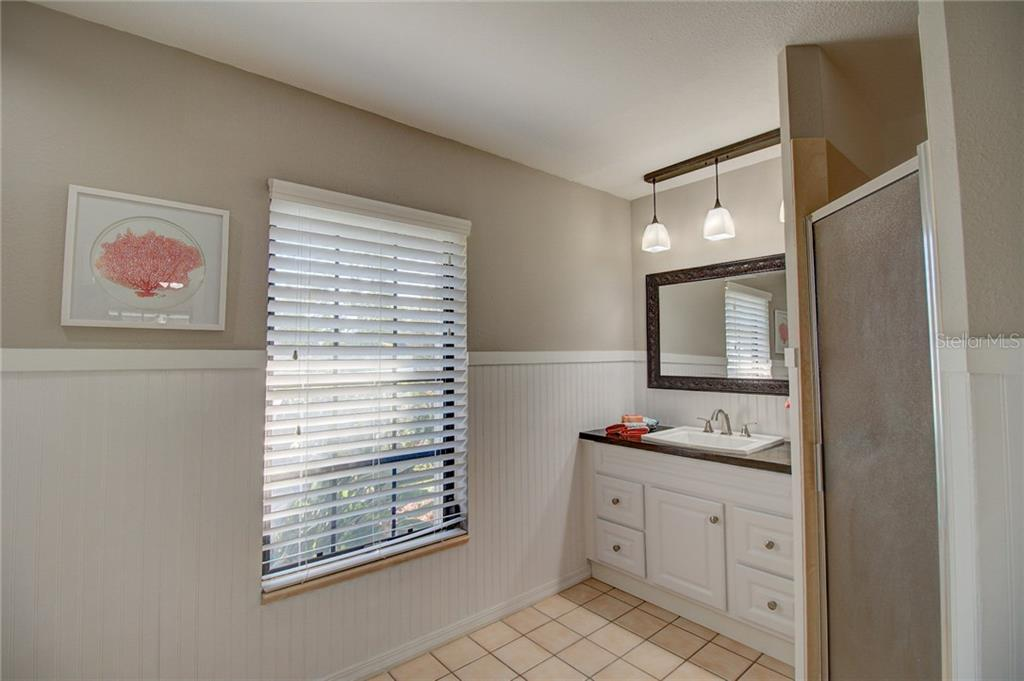 Master Bathroom - Single Family Home for sale at 1087 Hoover Cir, Nokomis, FL 34275 - MLS Number is A4201722