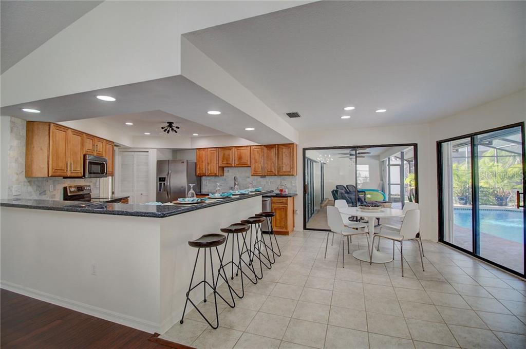 Laurel Woodlands Rules & Regs - Single Family Home for sale at 1087 Hoover Cir, Nokomis, FL 34275 - MLS Number is A4201722