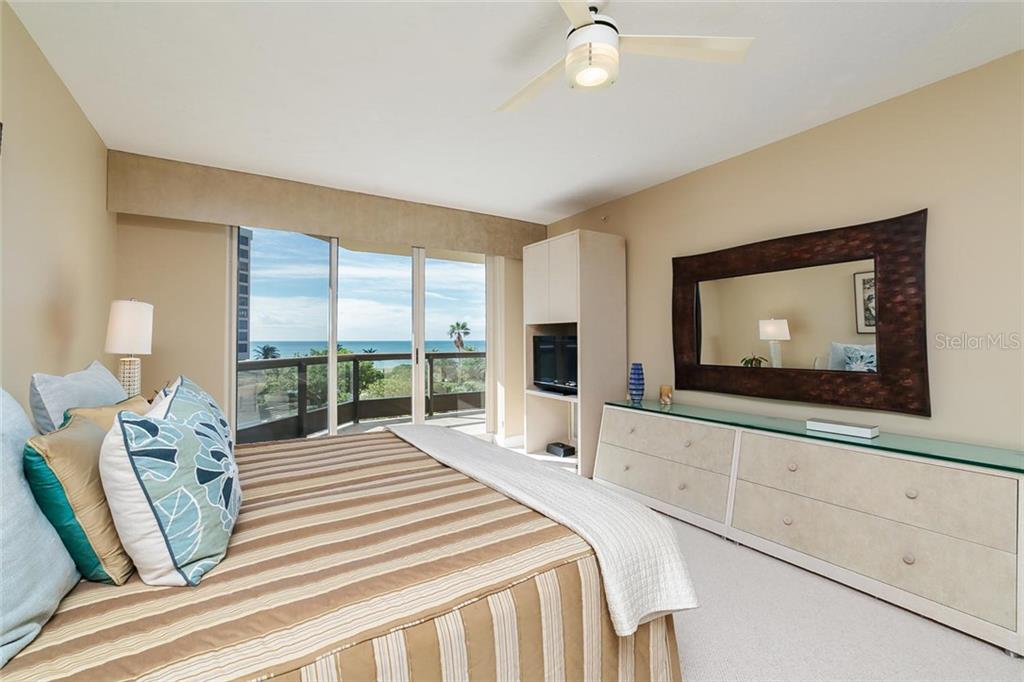 Condo for sale at 1241 Gulf Of Mexico Dr #307, Longboat Key, FL 34228 - MLS Number is A4201792