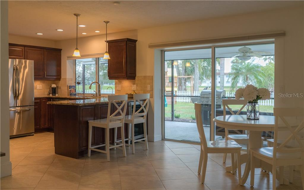 Single Family Home for sale at 3375 Sheffield Cir, Sarasota, FL 34239 - MLS Number is A4206026
