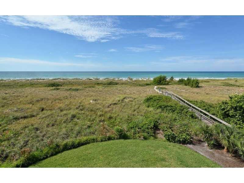 Townhouse for sale at 6827 Gulf Of Mexico Dr, Longboat Key, FL 34228 - MLS Number is A4206784
