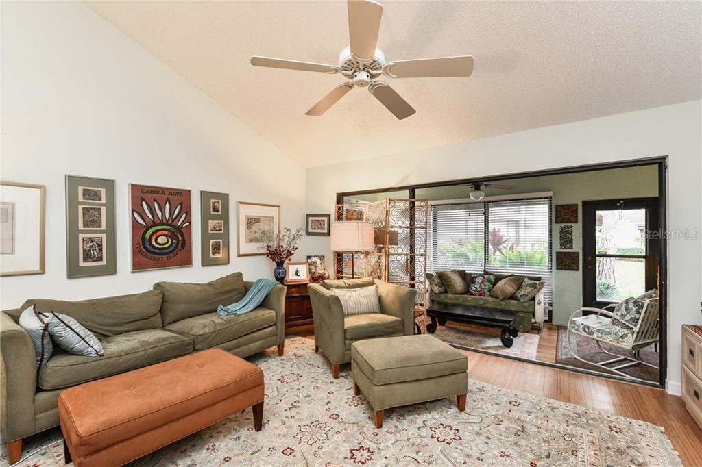 Villa for sale at 3140 Sandleheath #78, Sarasota, FL 34235 - MLS Number is A4208748