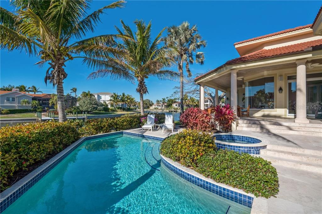 Single Family Home for sale at 511 Harbor Cay Dr, Longboat Key, FL 34228 - MLS Number is A4208995