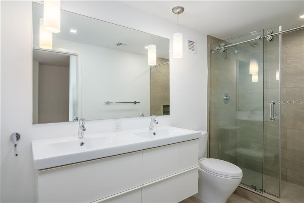 2nd bathroom - Condo for sale at 4822 Ocean Blvd #11d, Sarasota, FL 34242 - MLS Number is A4209955