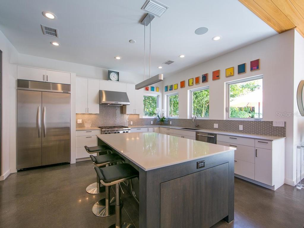 Kitchen Aid appliances & Campbell's Custom Cabinetry. - Single Family Home for sale at 1924 Bougainvillea St, Sarasota, FL 34239 - MLS Number is A4211939