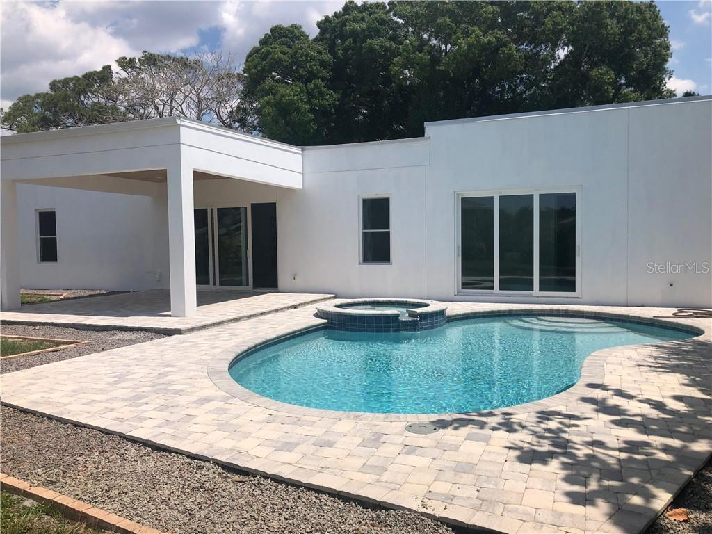 pool spa patio - Single Family Home for sale at 6010 Hollywood Blvd, Sarasota, FL 34231 - MLS Number is A4400462