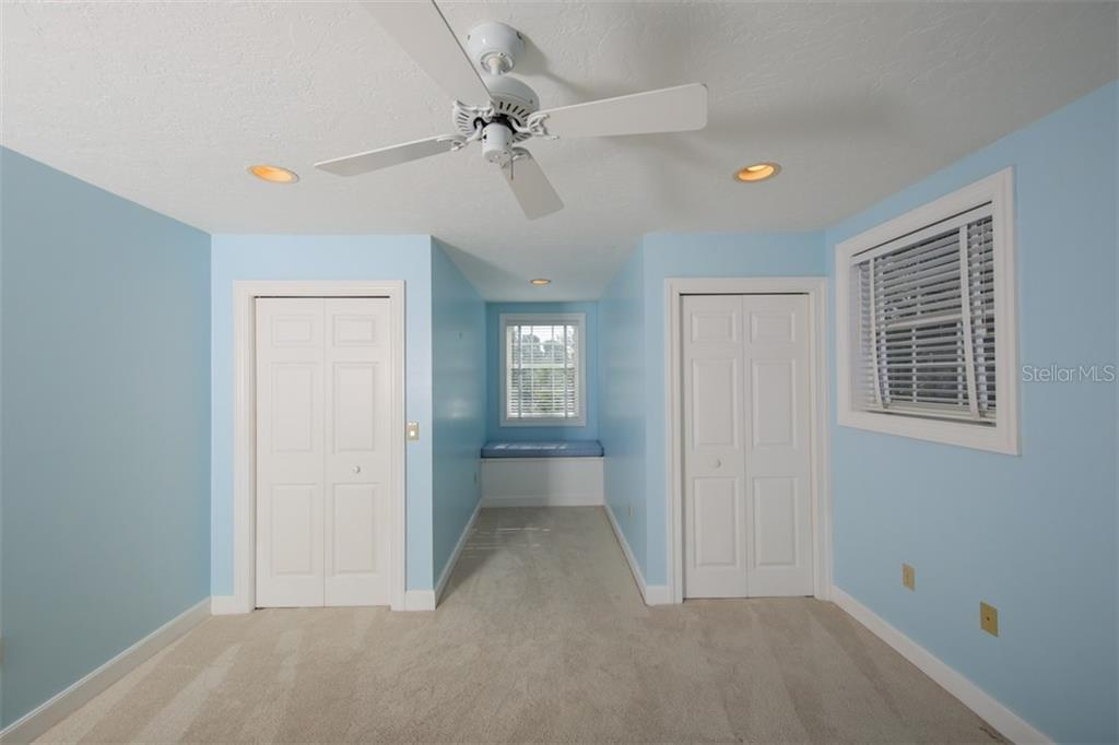 Single Family Home for sale at 9818 18th Dr Nw, Bradenton, FL 34209 - MLS Number is A4400774