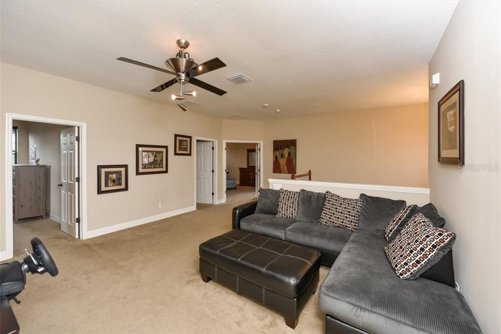 Single Family Home for sale at 14270 Sundial Pl, Lakewood Ranch, FL 34202 - MLS Number is A4401900