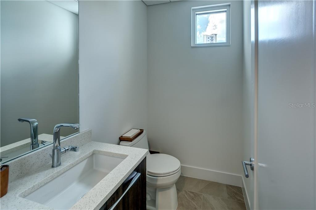 Powder Room - Townhouse for sale at 632 S Rawls Ave, Sarasota, FL 34236 - MLS Number is A4404361